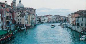 large_marele-canal-venetia-1